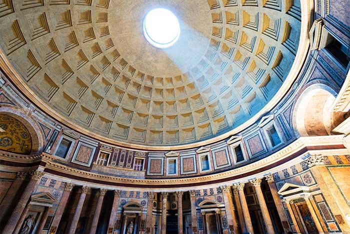 Gözpencere nedir örneği, Pantheon.