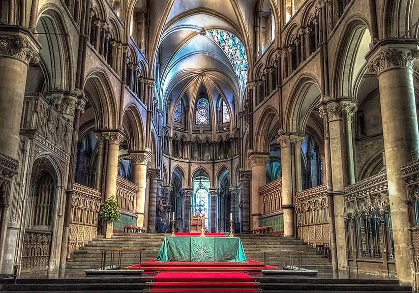 Canterbury Katedrali iç mimari tarzı.