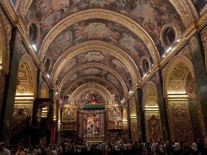 Barok stili iç mekan tasarım örneği.